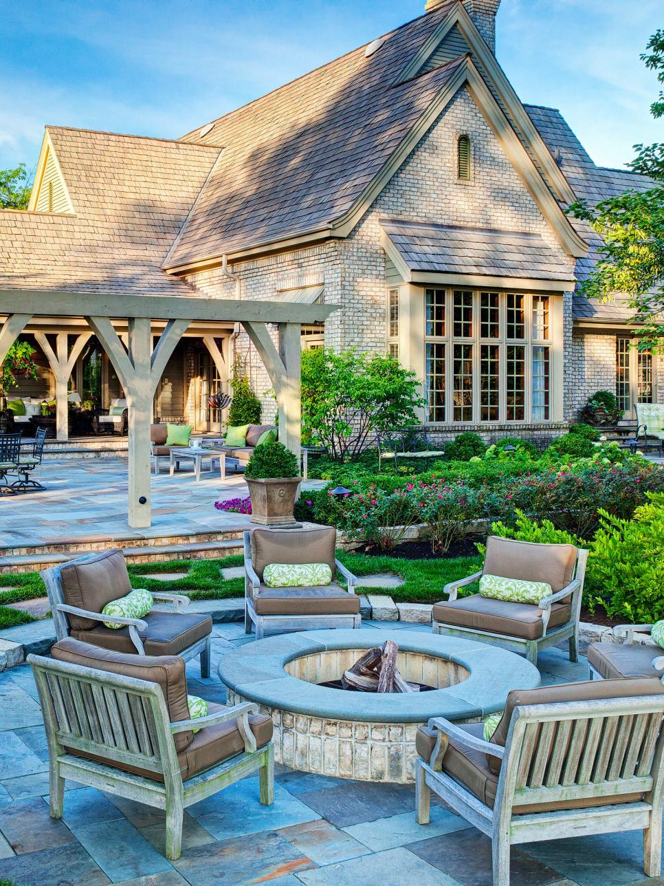 Classic Garden Pit Design