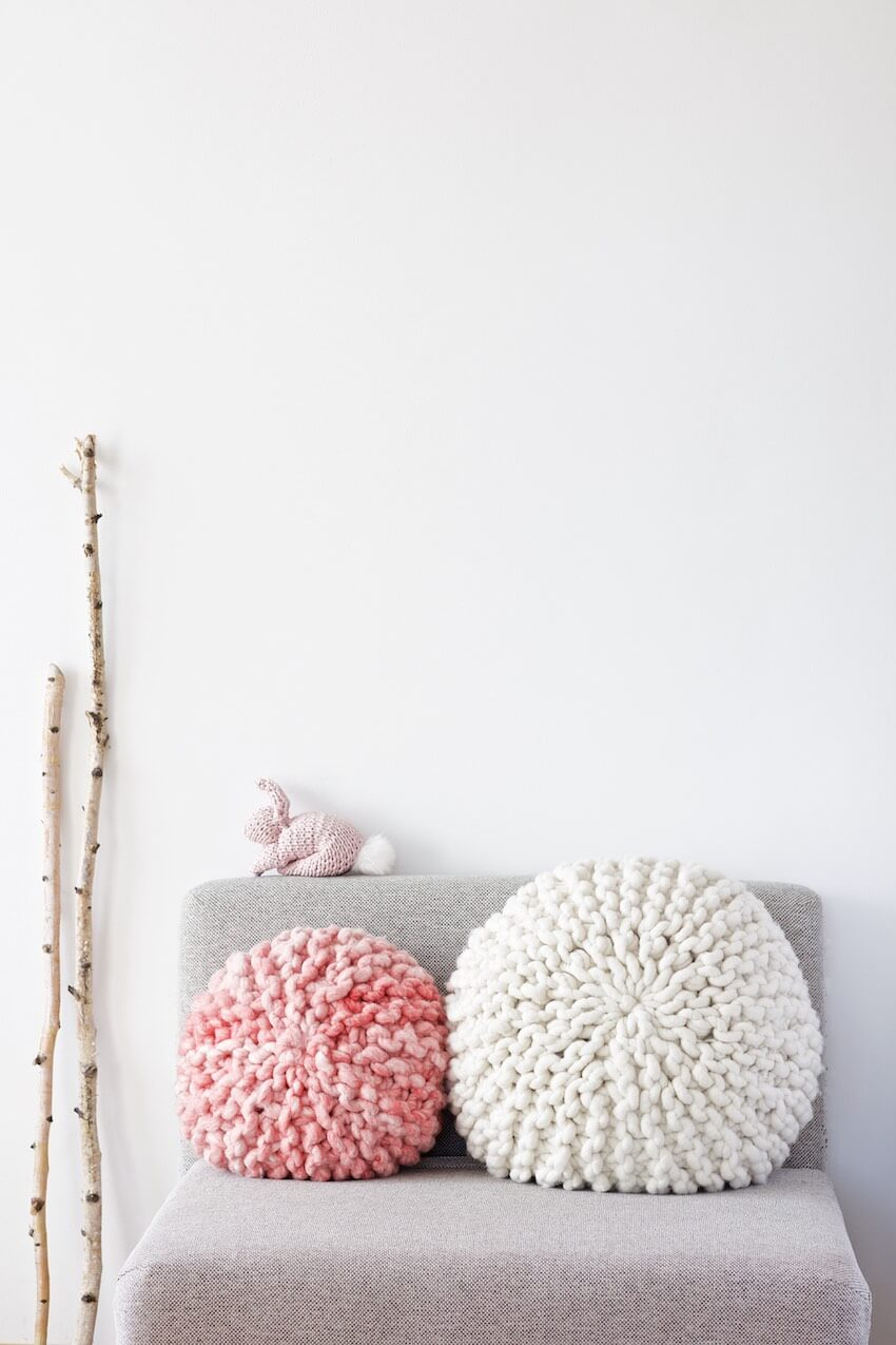 Cozy Giant Knitted Round Cushions