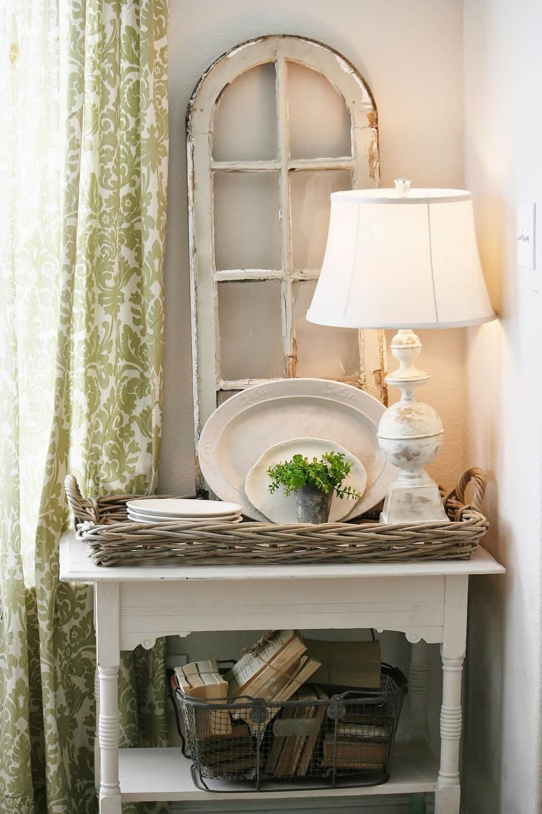 Distressed White Painted Table Leg Lamp