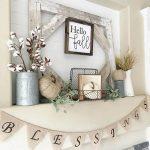06-farmhouse-mantel-decor-ideas-homebnc