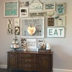 06-farmhouse-wall-decor-ideas-homebnc