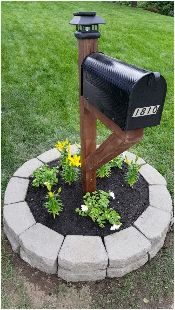 Classic Black with Paving Stone Planter