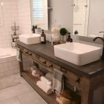 06-rustic-bathroom-vanity-ideas-homebnc