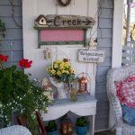 06-vintage-porch-decor-ideas-homebnc