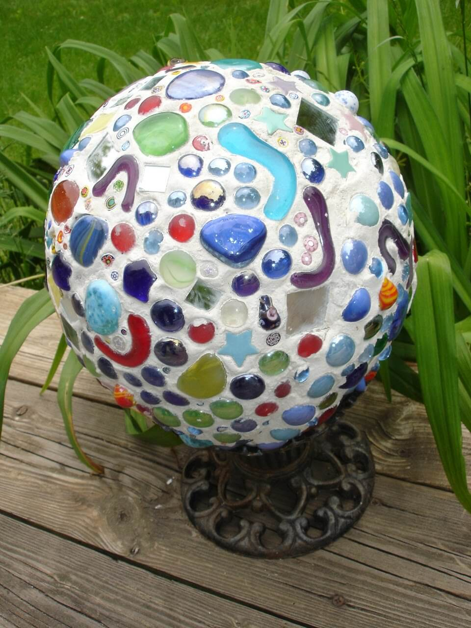 Globe Decoration with Mixed Glass