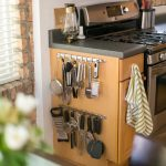 07-kitchen-countertop-ideas-clutter-free-homebnc