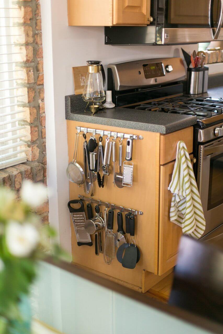 Cabinet End Hanging Kitchen Gadget Organizer