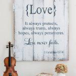 07-rustic-love-wood-signs-ideas-homebnc