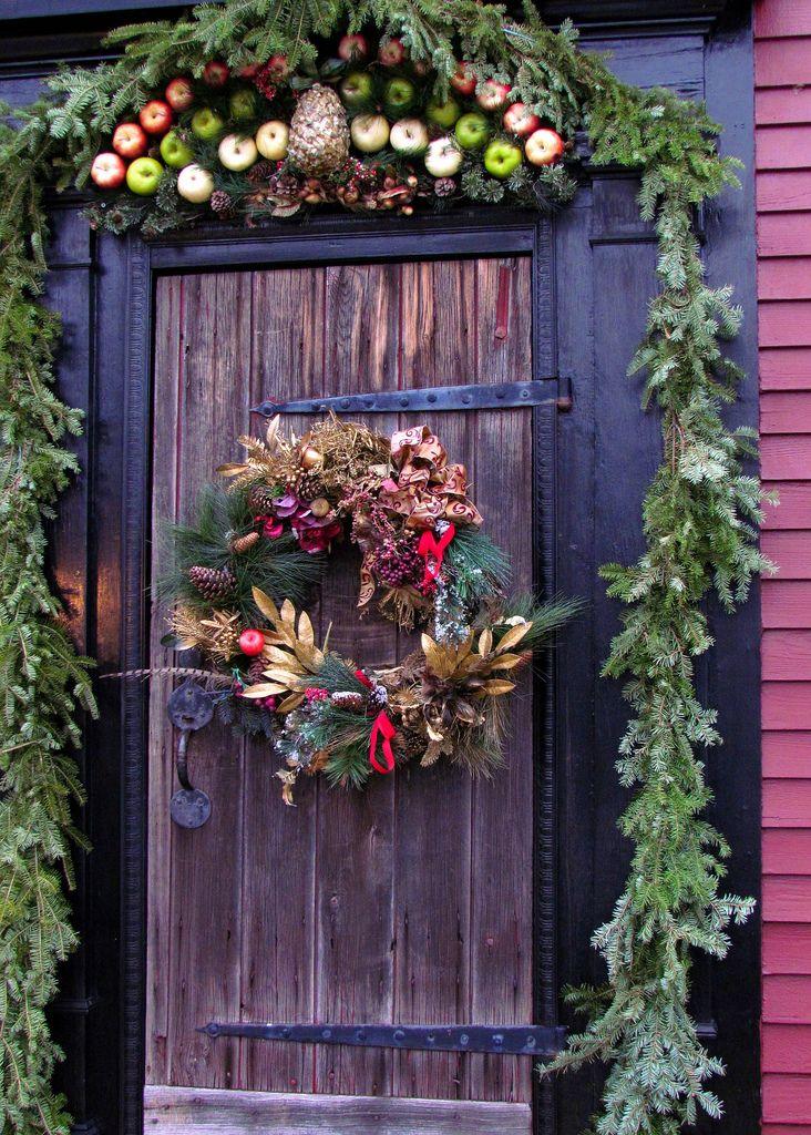 A Rustic Paradise Christmas Door Decor