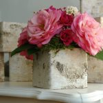 07-rustic-wooden-box-centerpiece-ideas-homebnc