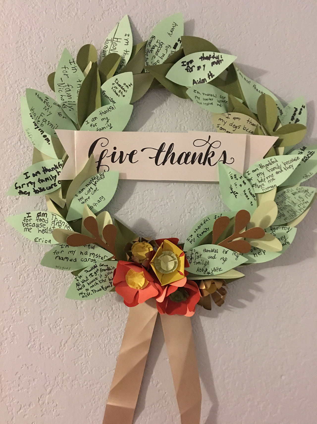 Thanksgiving Decoration with a Personal Touch