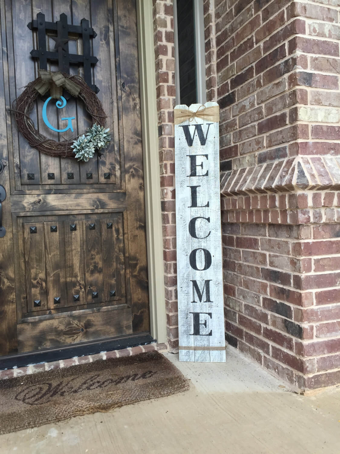 Farmhouse Signs from Reclaimed Wood and Barnboard