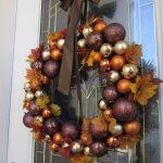 08-fall-door-wreath-ideas-homebnc