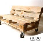 08-outdoor-pallet-furniture-ideas-homebnc