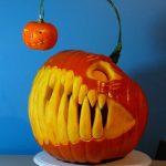 08-pumpkin-carving-ideas-homebnc