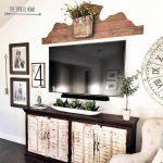 08-rustic-living-room-wall-decor-ideas-homebnc