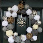 09-christmas-porch-decoration-ideas-homebnc-1