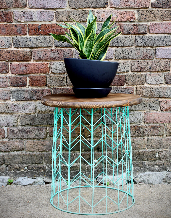 Hip Hand Painted Wire Basket Table