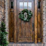 09-farmhouse-front-door-ideas-homebnc