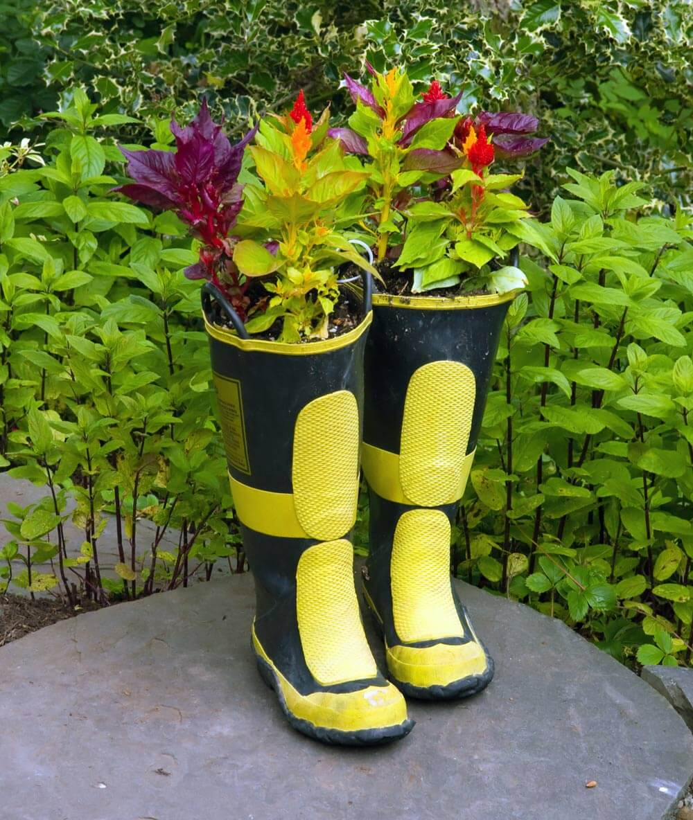 Rubber Rain Boots with Foliage