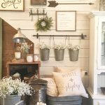 09-rustic-wall-decor-ideas-homebnc
