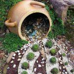 09-spilled-flower-pot-ideas-homebnc