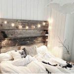 09-vintage-bedroom-decor-ideas-homebnc