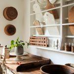 09-vintage-kitchen-design-decor-ideas-homebnc