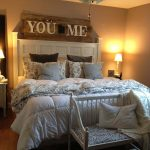 10-bedroom-wall-decor-ideas-homebnc