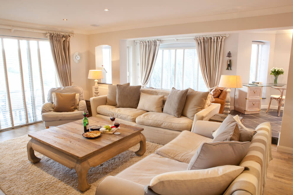 Well-Lit Spaces Look Best in Beige