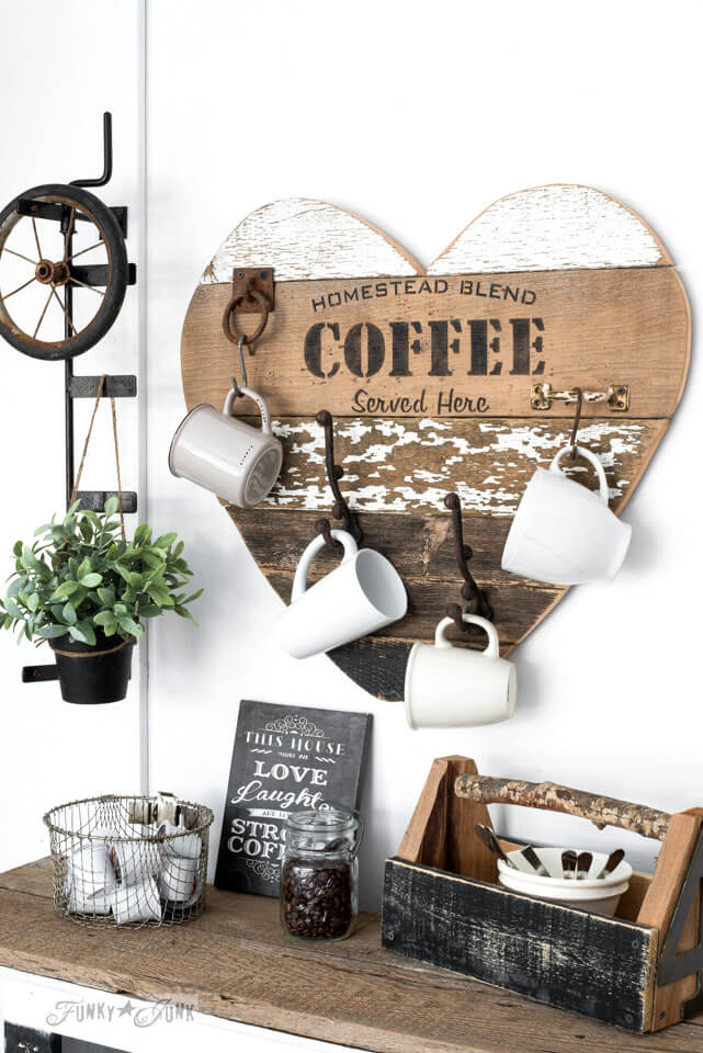 Heart Shaped Mug Rack with Oversized Hooks