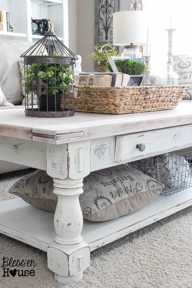 Shabby Chic Coffee Table with Rustic Accessories