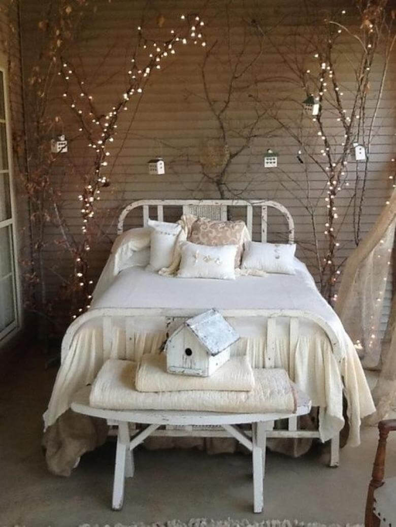 Decorative Tree Branches With Twinkle Lighting