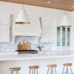 11-a-piece-of-heaven-on-earth-white-kitchen-homebnc