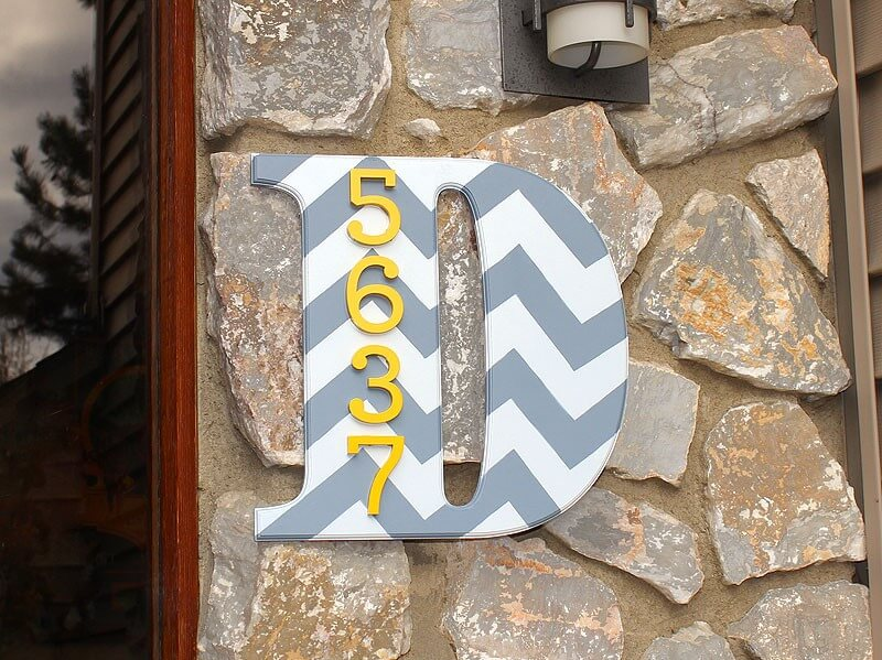 Delightfully Contrasting Designs and Colors on Stone