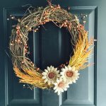 11-diy-fall-wreaths-ideas-homebnc