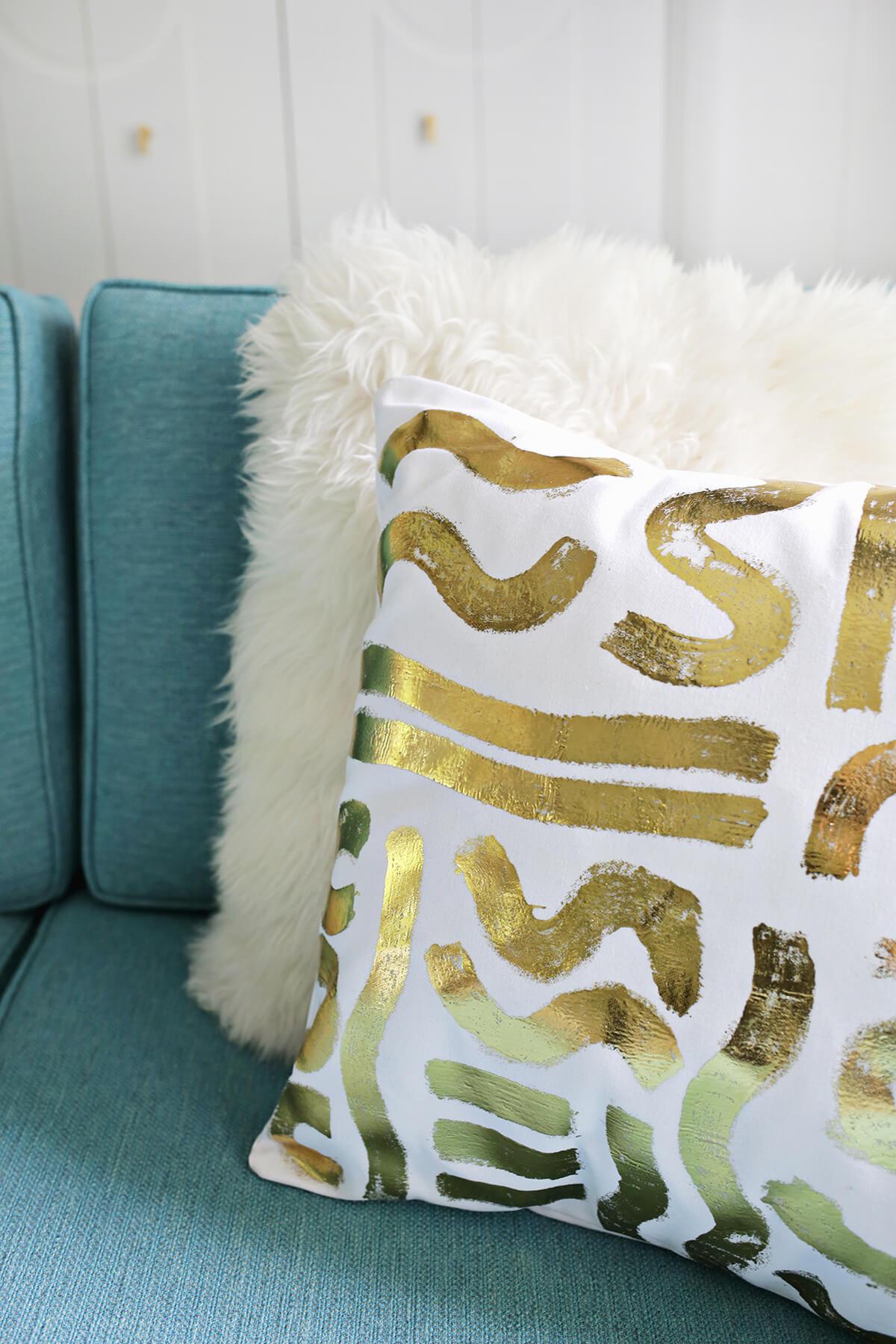 DIY Metallic Paint Patterned Pillow