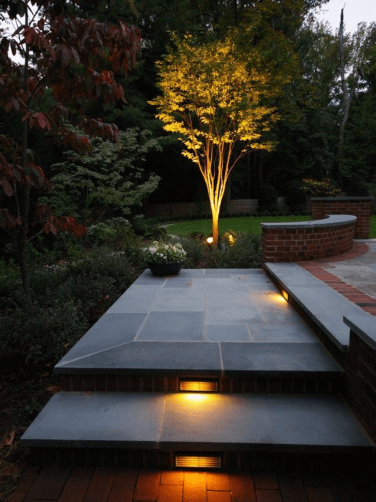 Landscape Lighting Ideas for Stairs