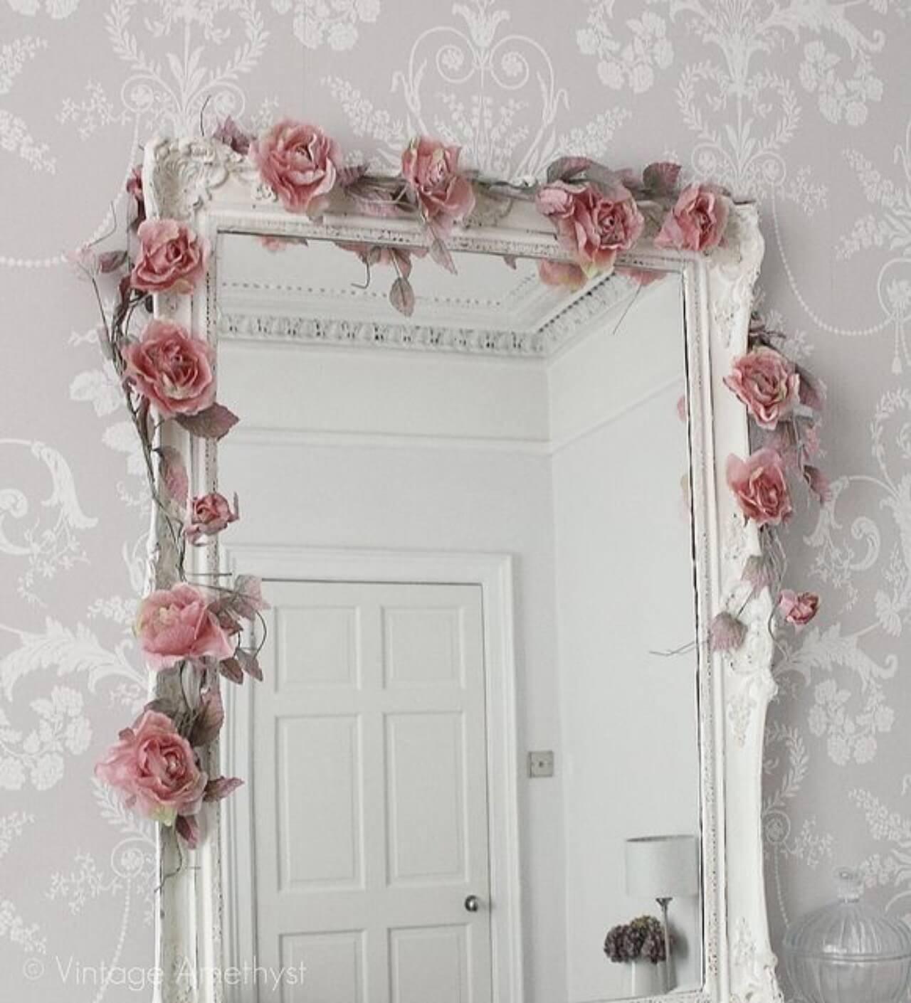 Bella Rosa Mirror Garland