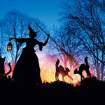 11-witch-and-cat-halloween-outdoor-decor-homebnc-v2