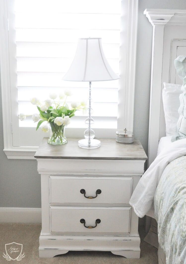 Distressed Night Stand with Lovely Flowers