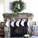 12-farmhouse-mantel-decor-ideas-homebnc