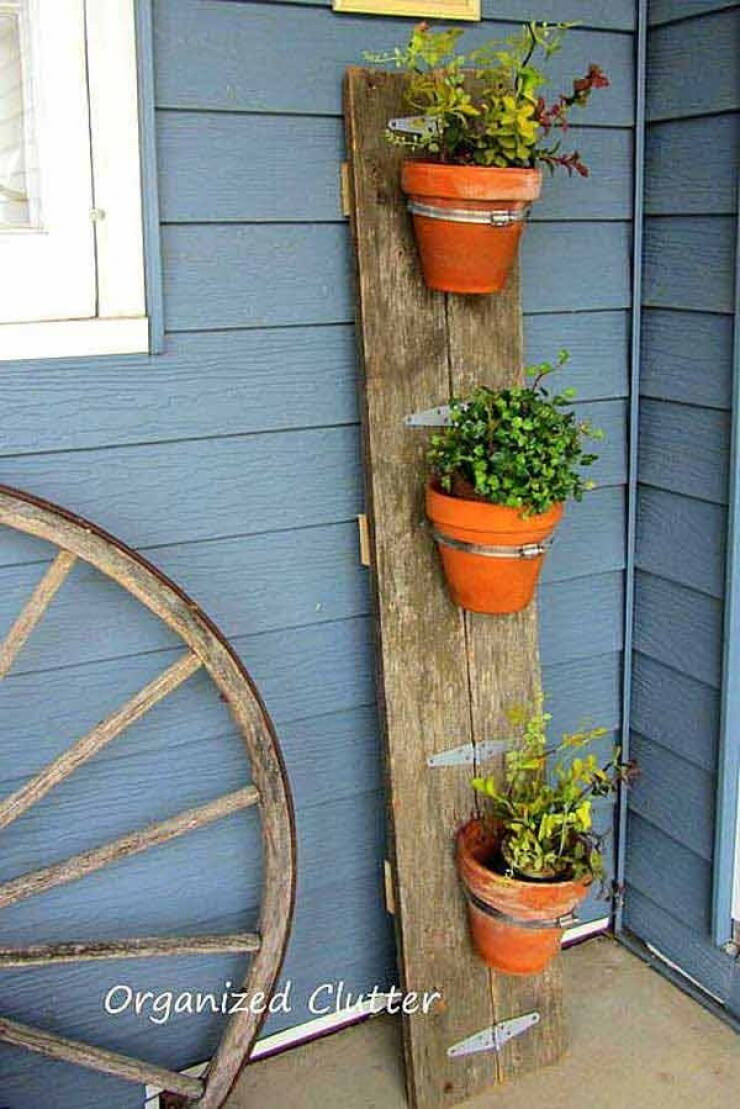 DIY Flower Pot Barn Board Display