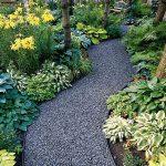 12-garden-path-walkway-ideas-homebnc