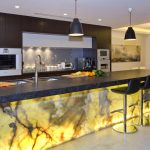 12-modern-kitchen-design-idea-the-glowing-marble-homebnc