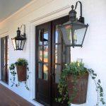 12-porch-wall-decor-ideas-homebnc