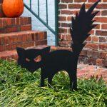 13-black-cat-outdoor-halloween-decor-homebnc