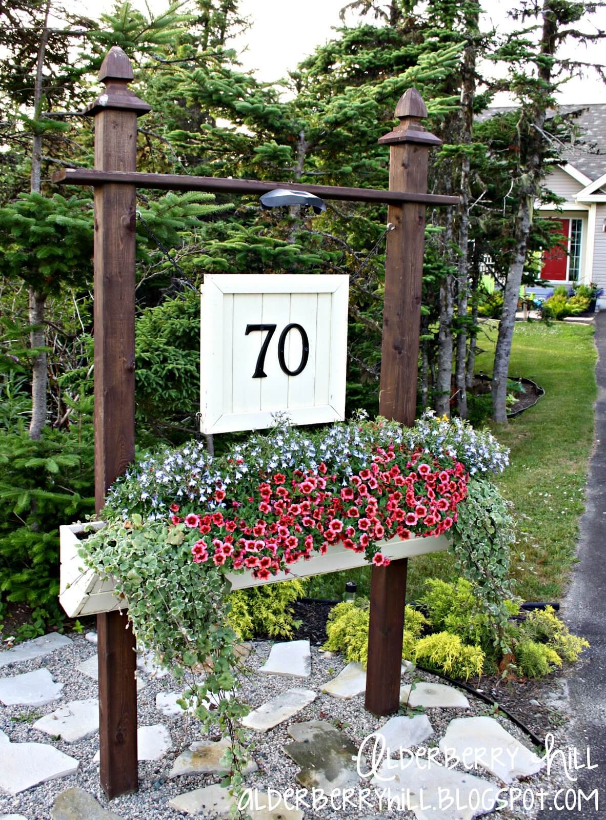 Illuminated Raised Planter Posts for your Driveway