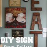 13-diy-pallet-signs-ideas-homebnc