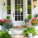 13-farmhouse-front-door-ideas-homebnc